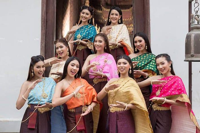 เช่าชุดไทย-วัดไชยวัฒนาราม